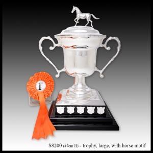 S8200 large silver trophy with horse motif